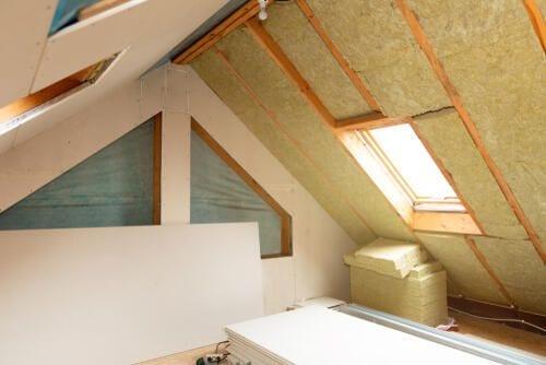 isolamento termico di una stanza contro le temperature invernali